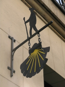 The shopfront sign for 26 rue de Sévigné