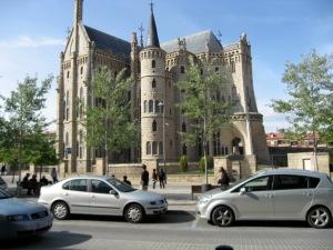 Astorga: Gaudí's masterpiece The Bishop's Palace